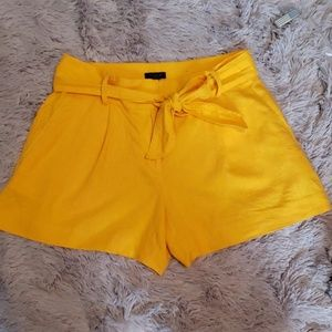 Ann Taylor Factory Linen Shorts 🚨 JUST REDUCED 🚨